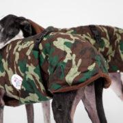 carita-de-lapiz-abrigo-camuflaje-02